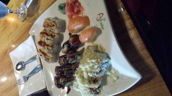 Matteson, IL: Lunch Sushi Buffet !  Yum :)