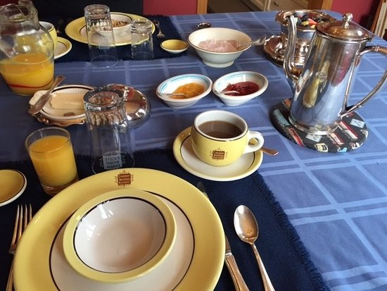 Creemore, Canada: Original CN Rail dishes and serving ware from the old dining cars!