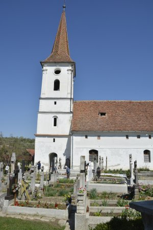 Vista de la iglesia de Sibiel