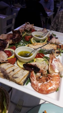 Seafood platter picture of le soste al mare como for Seafood bar zurich