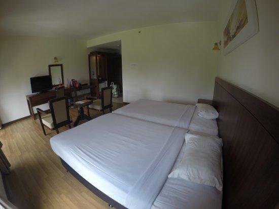 Bukit Gambang Resort City: GOPR0759_1493661658910_high_large.jpg