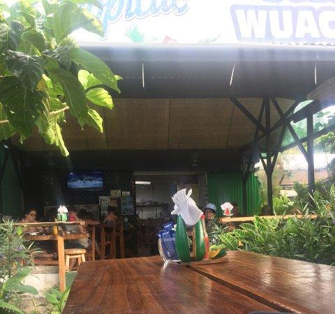 Manzanillo, كوستاريكا: vista de las mesas internas