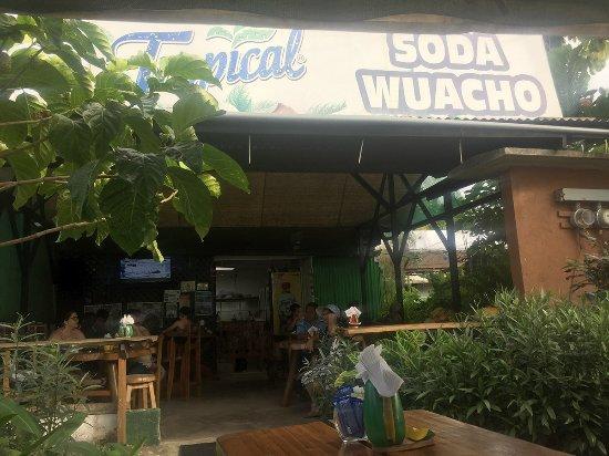 Soda Wacho: rótulo en la entrada