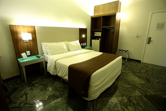 Foto de Oasis Plaza Hotel
