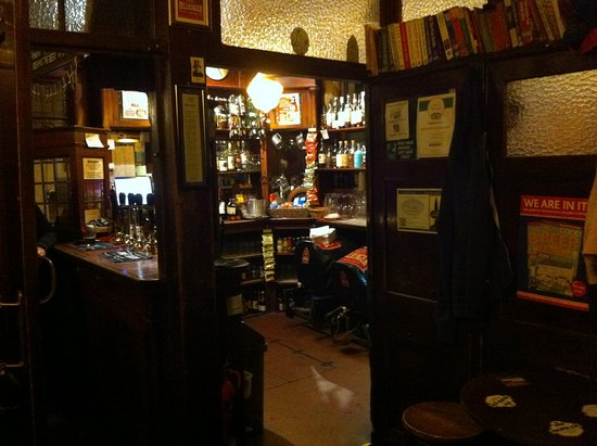 The Star Inn: True old English atmosphere