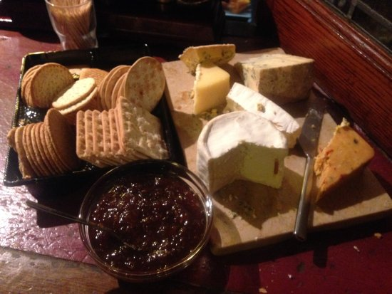 The Star Inn: Free cheese every Thursday night