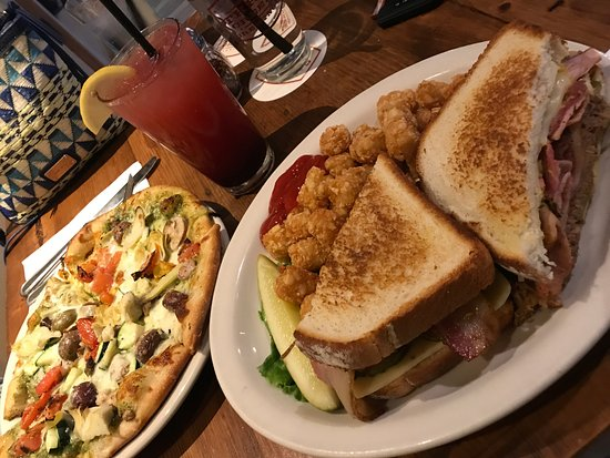 Sisters, OR: Veggie Pizza and Cuban Sandwich with tots