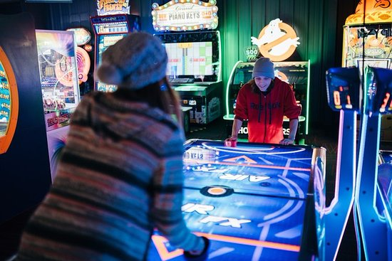 Wausau, WI: Who doesn't love air hockey?