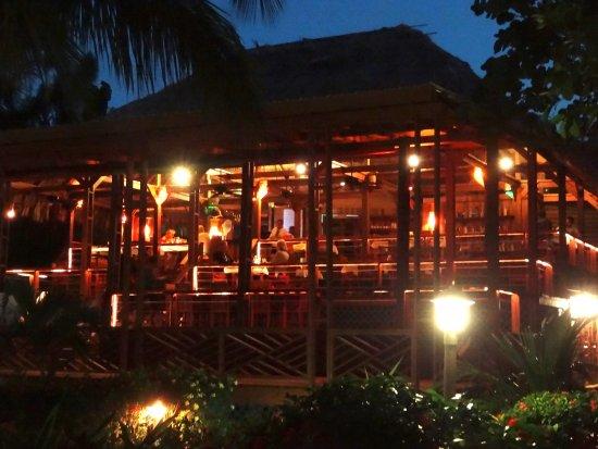The Quarterdeck Restaurant & Bar: Quarterdeck is tranquil and delicious