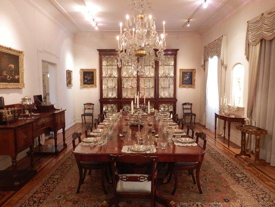 Medeiros e Almeida Museum: A magnifica sala de jantar