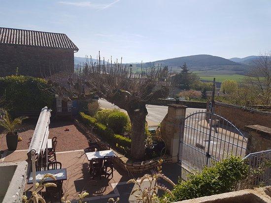 Berze-la-Ville, Francia: vue sur les monts