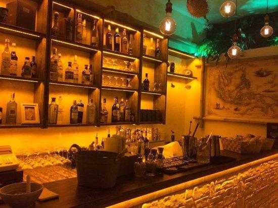Tonga - Tiki Bar