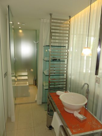 Murata, Σαν Μαρίνο: Room 105