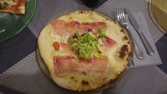 Bivigliano, İtalya: Pizza