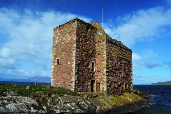 West Kilbride, UK: Portencross Castle Eingangsbereich