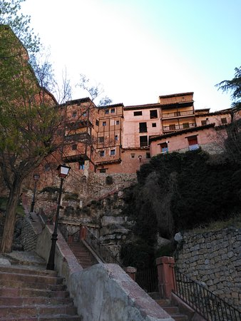 Albarracin: IMG_20170409_183807_large.jpg