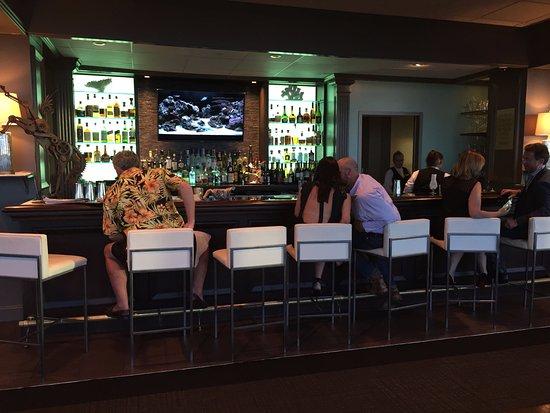 Bar Lounge Mobel ~ Lounge bar picture of dauphin s mobile tripadvisor