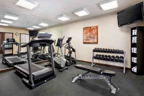 Fitness center picture of hawthorn suites by wyndham