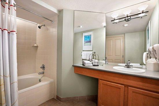 Bedroom Apartment Suite Kitchen Picture Of Hawthorn Suites - Bathroom vanities overland park ks