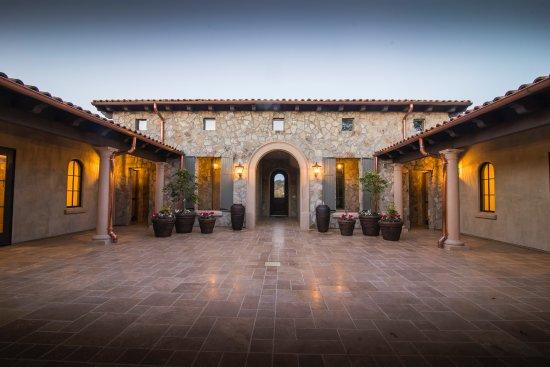 Plymouth, Kalifornia: Courtyard
