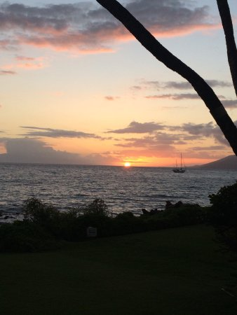 Kamaole Nalu Resort: Sunset from Kamaole Nalu