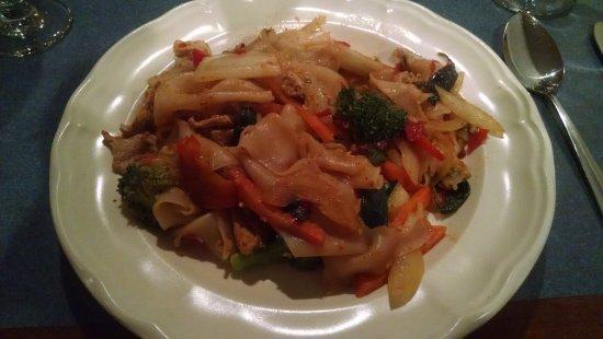 Carlisle Thai Cuisine: Drunken Noodles