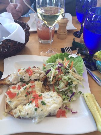 Anthony's HomePort Gig Harbor: Yummy Crab Toast for Lunch