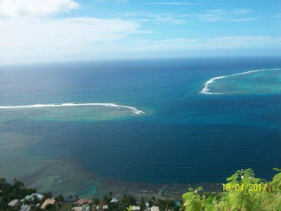 Papetoai, French Polynesia: Cook bay