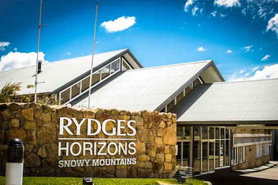 Rydges Horizons Snowy Mountains