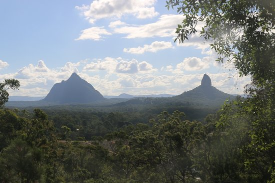 Glass House Mountains, ออสเตรเลีย: View from the lookout on the walk