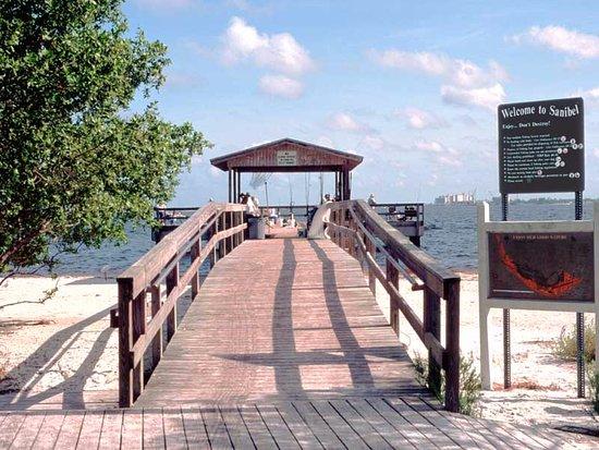 Sanibel fishing pier is a short walk from seahorse for Sanibel fishing pier