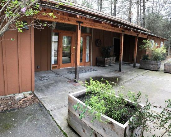 Lotus, Καλιφόρνια: Group Retreat Hall