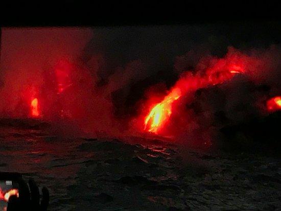 Pahoa, هاواي: Kilauea on Twilight Cruise. Thanks to Capt. Shane and the AMAZING Crew!!!