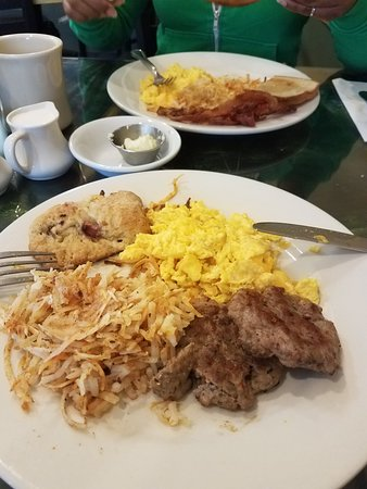 Hudson Street Cafe: 2 scrambled eggs w/cheese, sausage, hash browns and fruit scone.