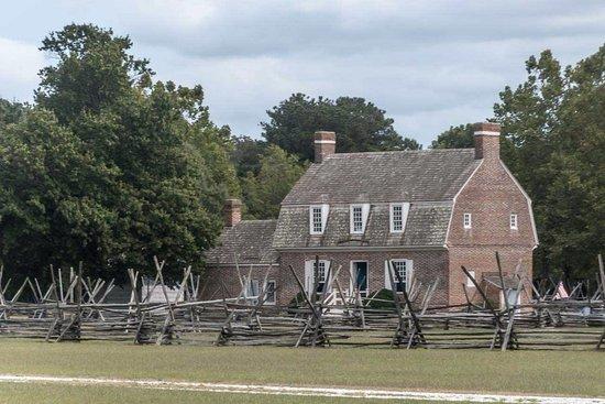 Pemberton Historical Park: Trails are spacious