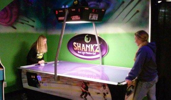 Chehalis, WA: Air hockey