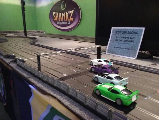 Chehalis, WA: Race up to 100mph on our 4 lane slot car race track