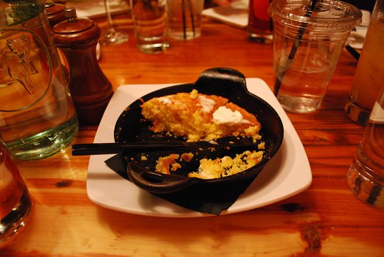 Ore House: Corn bread with bacon butter