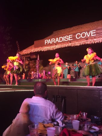 Paradise Cove Luau: This was a very good Luau.  So authentic.  You will not be disappointed. The food was so delicio