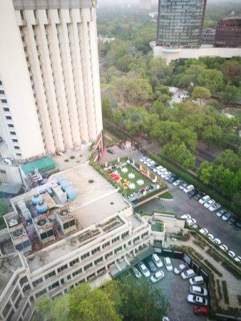 Hotel The Royal Plaza: IMG_20170423_184448_large.jpg