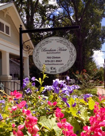 Brenham House Bed and Breakfast Signage