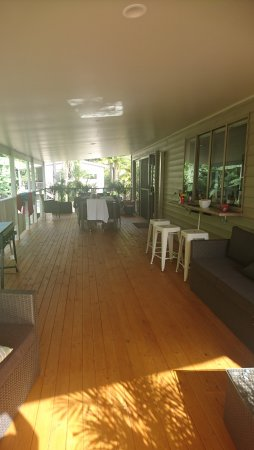 Avoca Beach, Australia: This is the deck