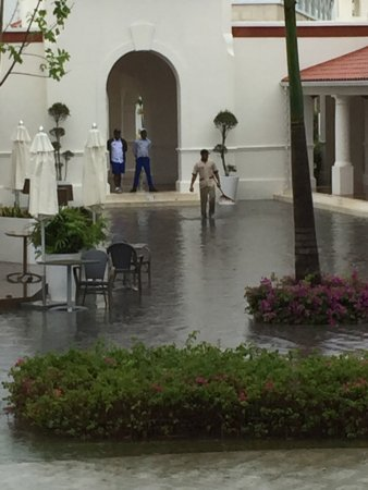 Larissa to blame for shoddy construction owners of sensatori punta Cana