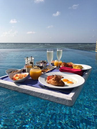 LUX* South Ari Atoll: photo1.jpg