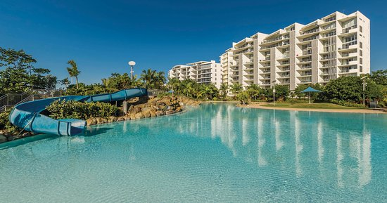 the Bluewater Lagoon is a free, family-friendly leisure facility in the heart of Mackay's city c