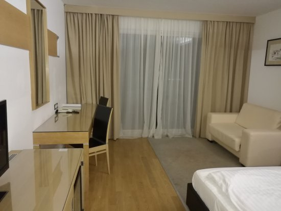 Hotel San Antonio: IMG_20170501_215747_large.jpg