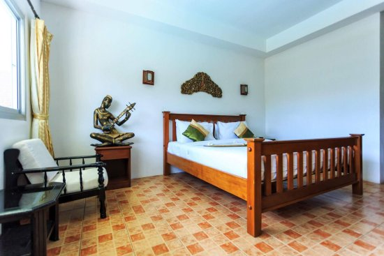 Lipa Noi, Thailand: Standard Deluxe Room (King Size Bed) Room Size: 26 sq.m Ensuite