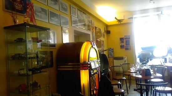 Borghetto di Borbera, Italia: scorcio interno locale