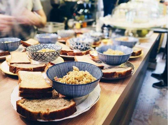 Le Bar Roux D Heure Annecy Restaurant Reviews Photos Phone