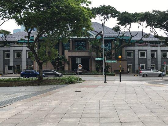 ذا ريزيدانس آت سنغافورة ريكرياشن كلوب: View from front and from rear mezzanine and breakfast
